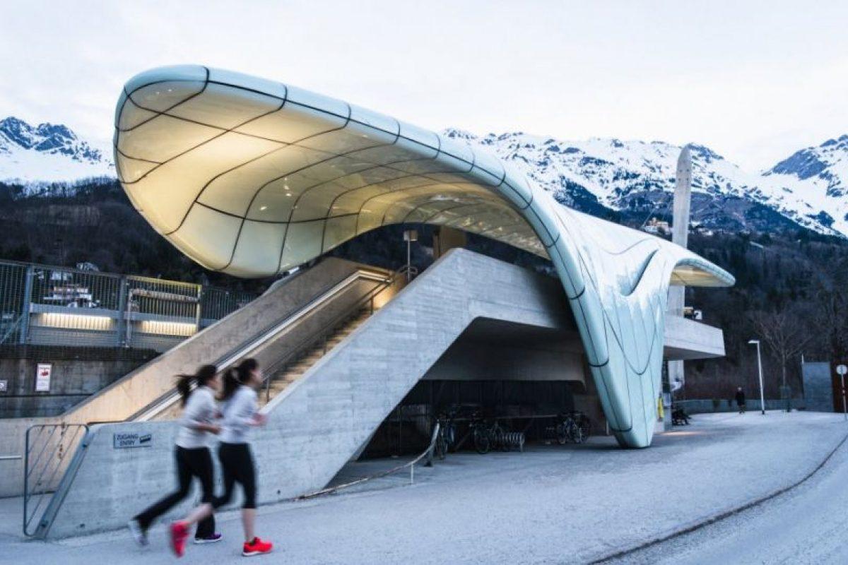 Congress Station, la primera de las estaciones diseñada por Zaha Hadid en Innsbruck (Austria). Foto:Zaha Hadid Architects. Imagen Por: