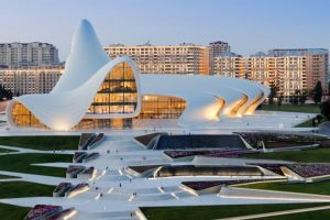 Centro Cultural Heydar Aliyev, levantado en Bakú (Azerbaiyán). Foto:Zaha Hadid Architects. Imagen Por: