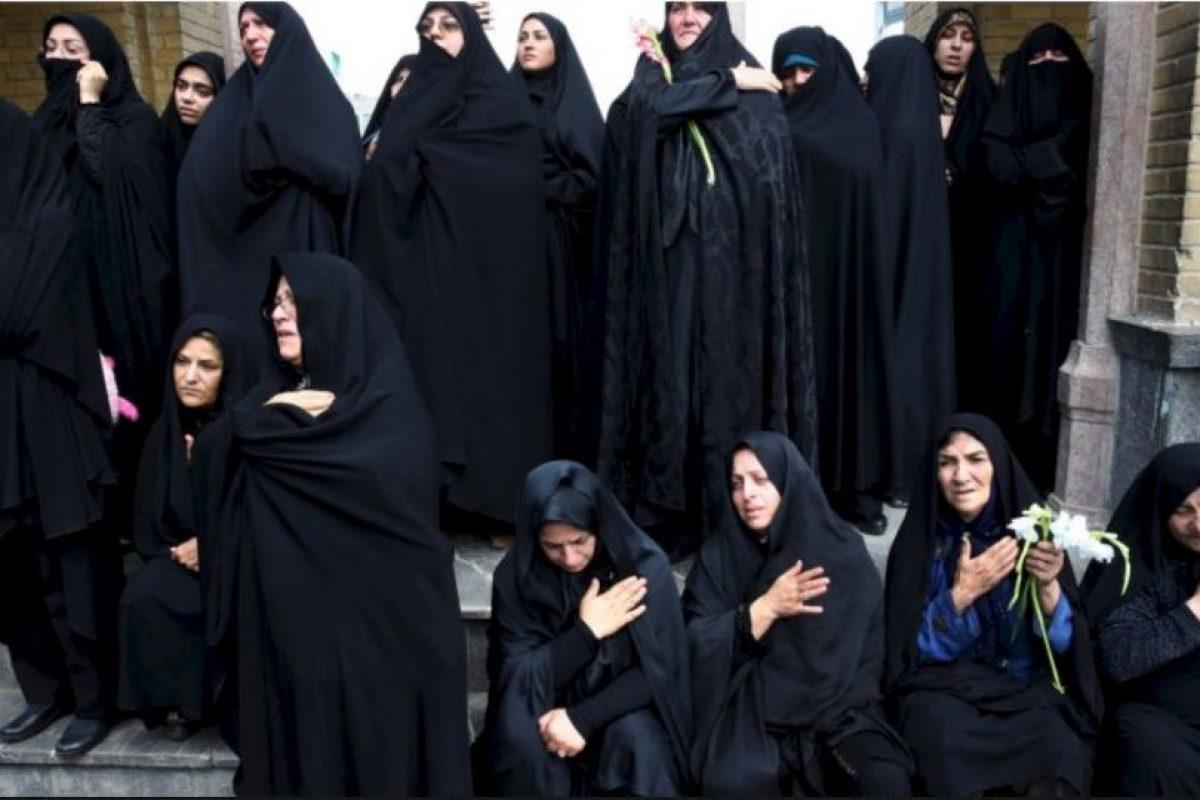 De 30 a 40 años: 75 mil dinares (64.54 dólares) Foto:Getty Images. Imagen Por: