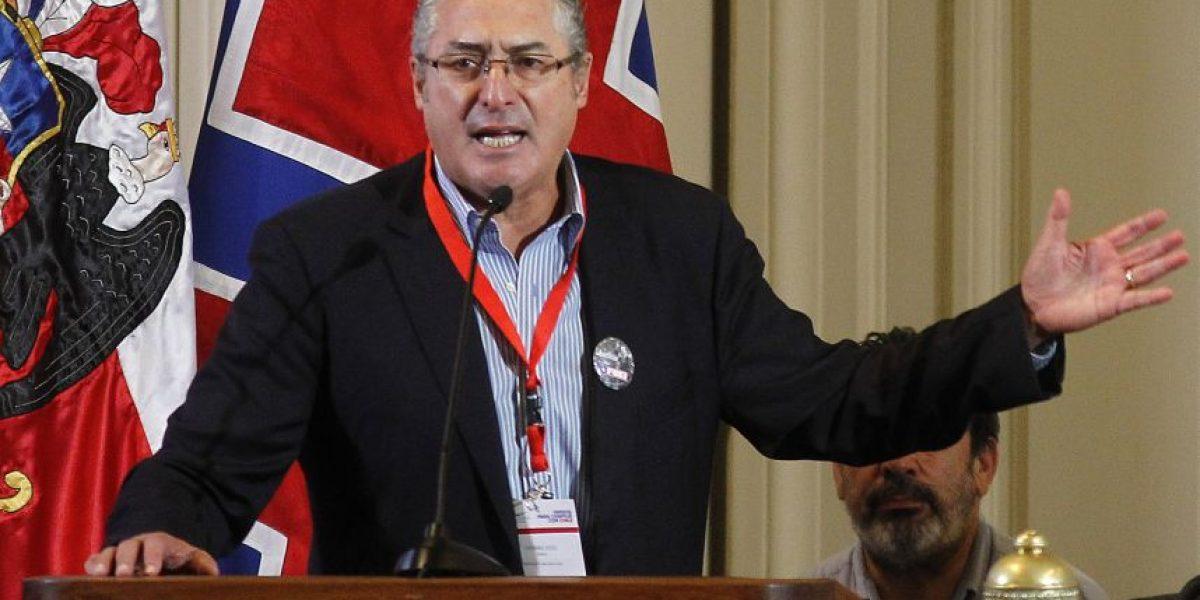 Jorge Pizarro renuncia a la presidencia de la  Democracia Cristiana