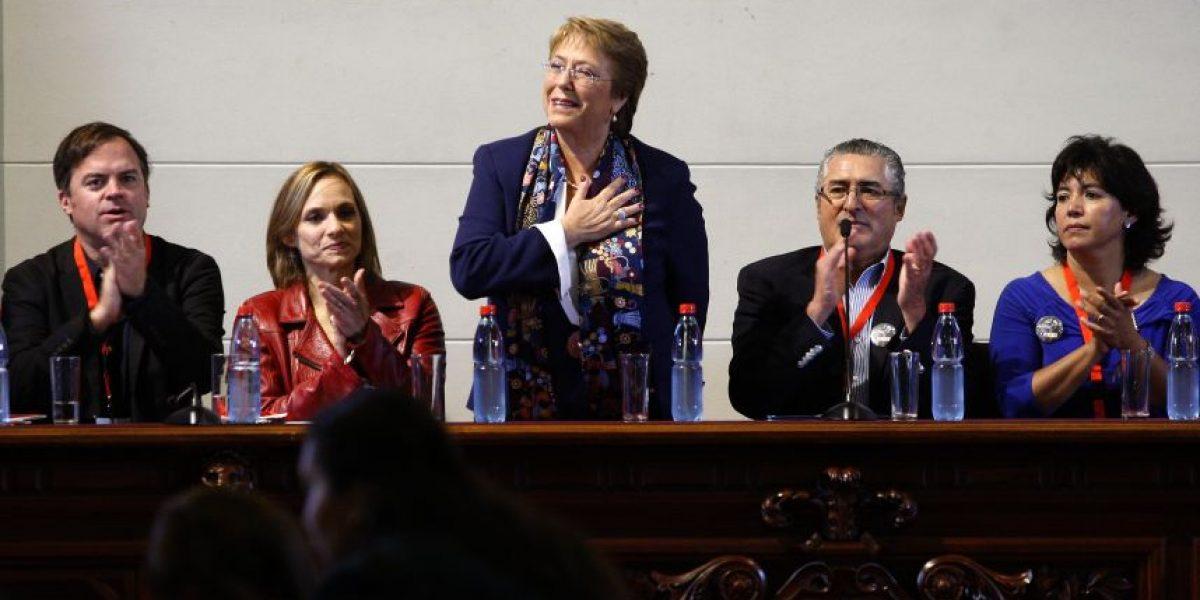 """Bachelet en cónclave DC: """"Nuestros adversarios no saben hacer reformas, pero si saben desmantelarlas"""""""