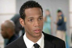 """Marlon Wayans era """"Marcus Copeland"""", el hermano menor de """"Kevin"""" y el más cauteloso de los dos. Está casado con """"Gina"""", una esposa a la que apenas presta atención. Foto:Wayans Bros. Production. Imagen Por:"""