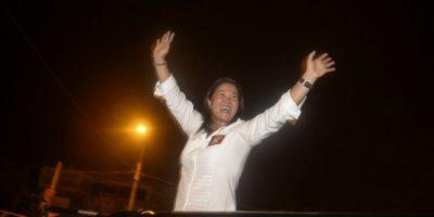 Perú: Keiko Fujimori se compromete en debate a no repetir el gobierno de su padre