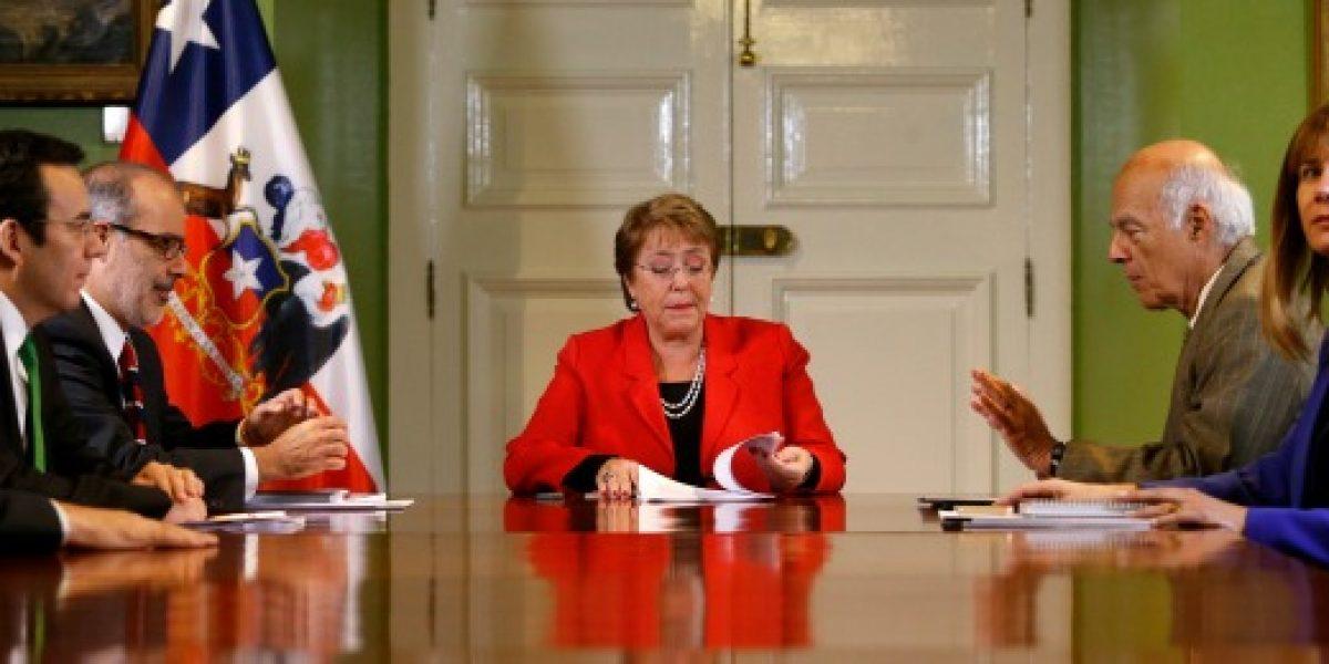 Comisión Nacional de Productividad entregó 21 propuestas a Presidenta Bachelet