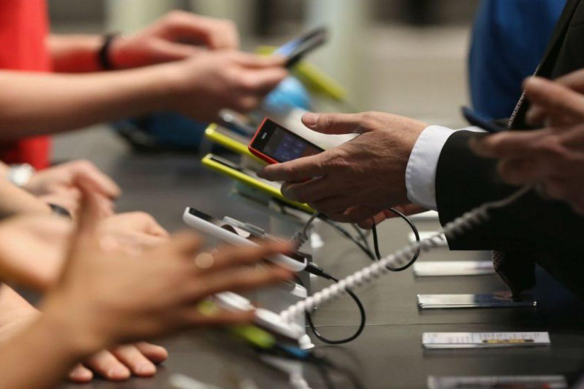 Una de las grandes fobias de la actualidad es que se acabe la batería del móvil y no tener la opción de cargarlo. Foto:Getty Images. Imagen Por: