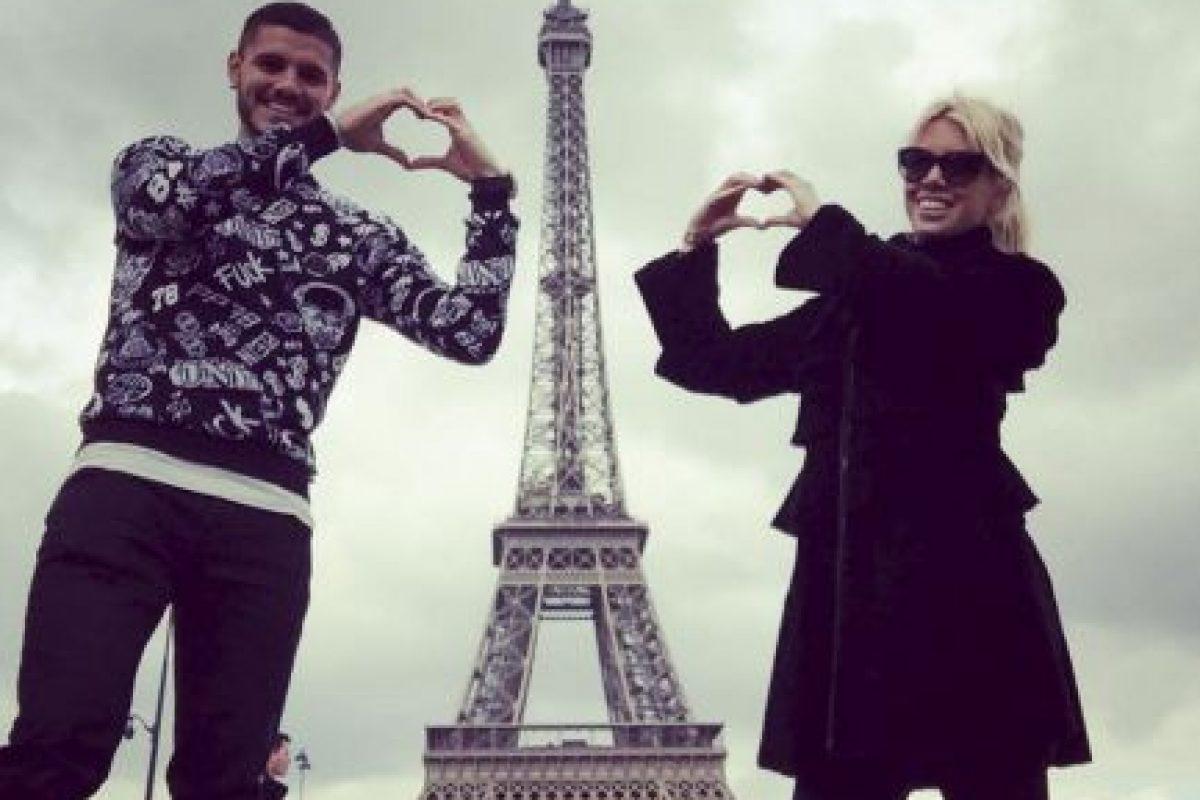Y Mauro Icardi inició una relación amorosa con ella, a pesar de su amistad con Maxi López. Foto:Vía instagram.com/mauroicardi. Imagen Por: