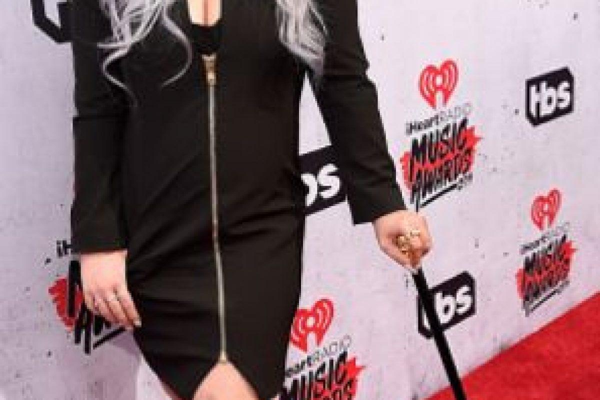 No es lo mejor que le hemos visto a Kelly Osbourne. Foto:vía Getty Images. Imagen Por: