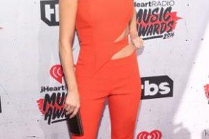 Selena Gómez, en un correcto enterizo. Foto:vía Getty Images. Imagen Por:
