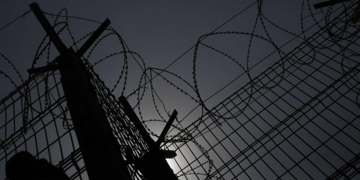 Gendarmes son agredidos por reos en cárcel de Puente Alto