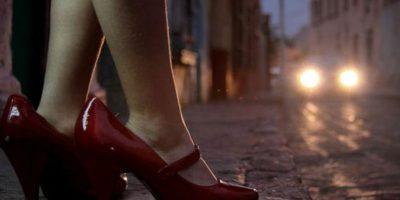 Condenada una mujer que vendió la virginidad de su hija por 98 dólares