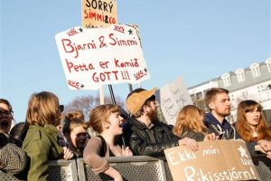 """Islandia vivió intensas protestas tras el escándalo """"Panama Papers"""" Foto:AP. Imagen Por:"""
