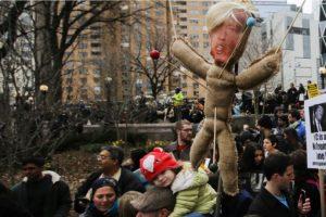 Las manifestaciones de odio contra Donald Trump Foto:Getty Images. Imagen Por: