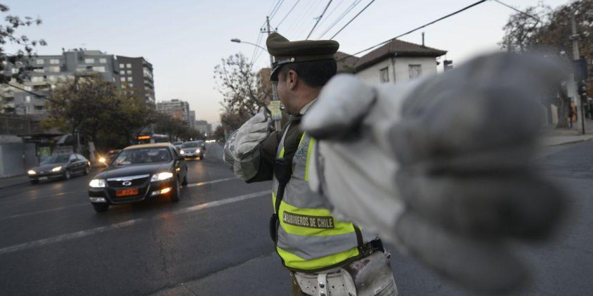 Ministro de Transportes confirma que se mantendrán multas y retiro de autos de Uber y Cabify