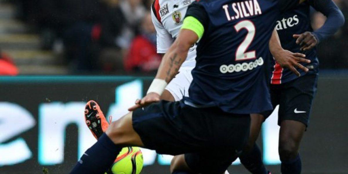 Thiago Silva apoyó con todo a Pellegrini por la salida que tuvo del City