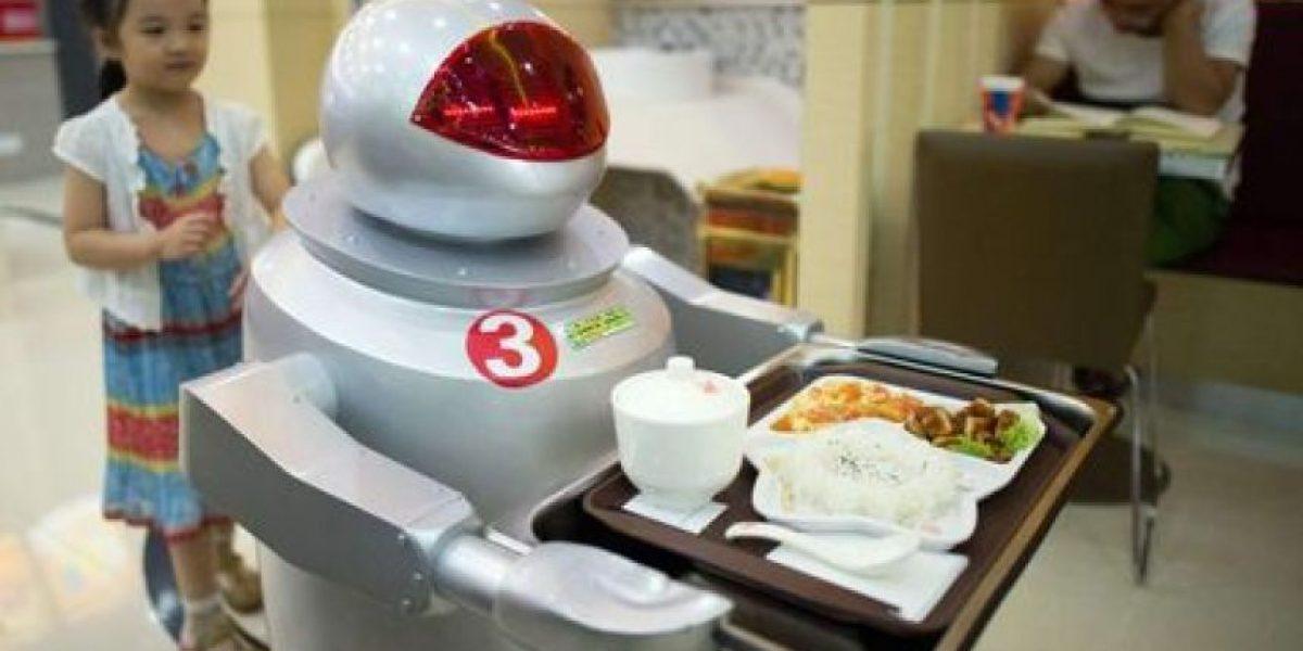 Restaurantes de China despiden a sus camareros robot por su bajo rendimiento