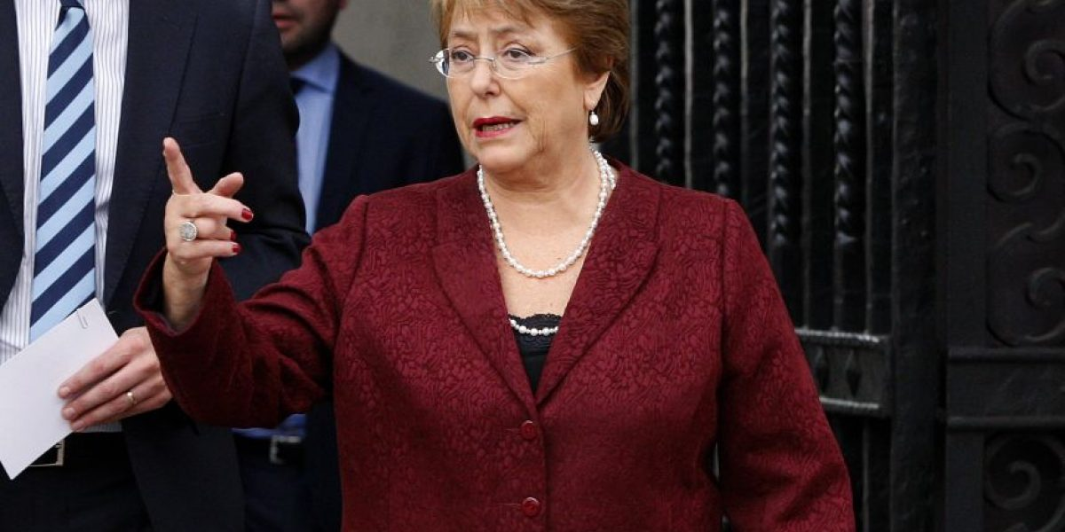 Adimark: aprobación de Presidenta  Bachelet cumple 11 meses bajo el 30%
