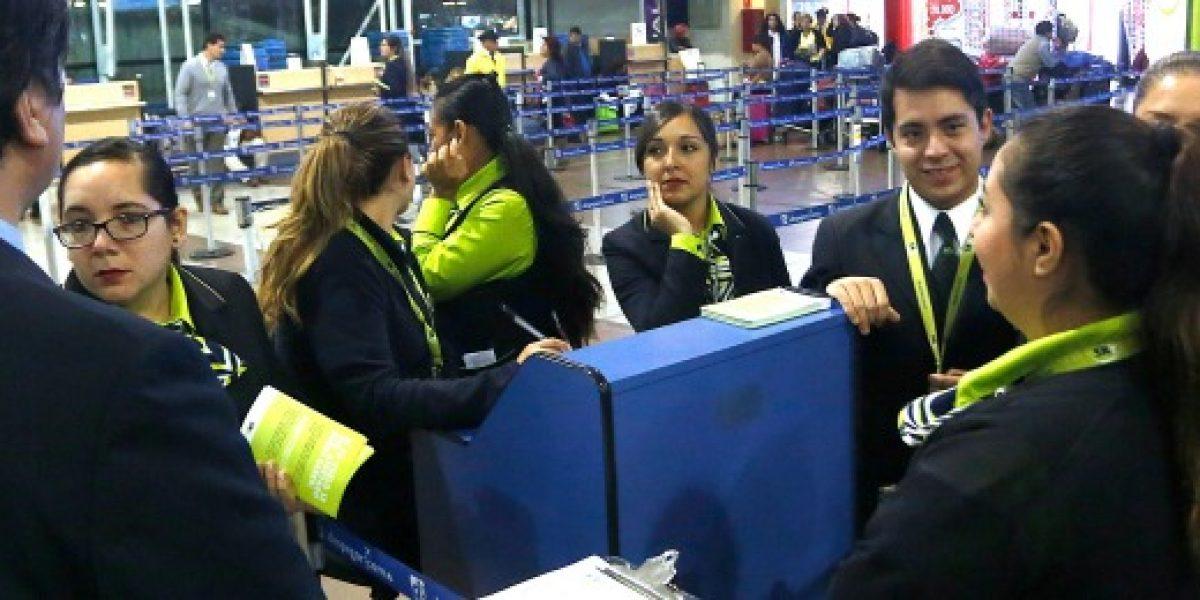 Entre hoy y mañana habría 15 mil pasajeros afectados por huelga en línea aérea