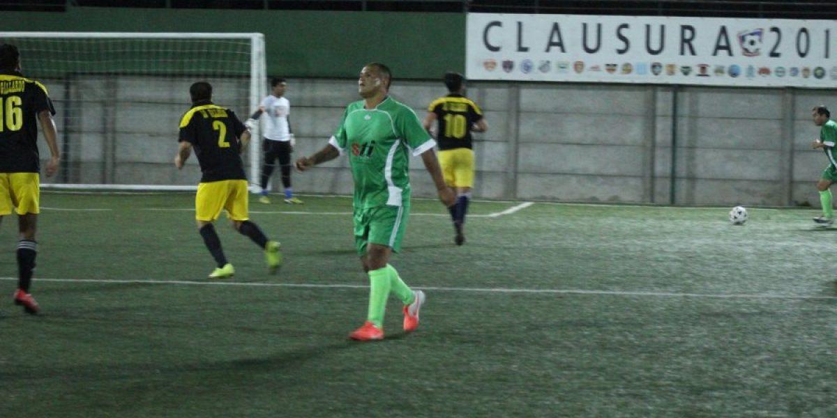 Vuelve a las canchas: Humberto Suazo jugará en liga de San Antonio