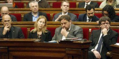 El Parlamento de Cataluña aprueba una moción de ruptura con España