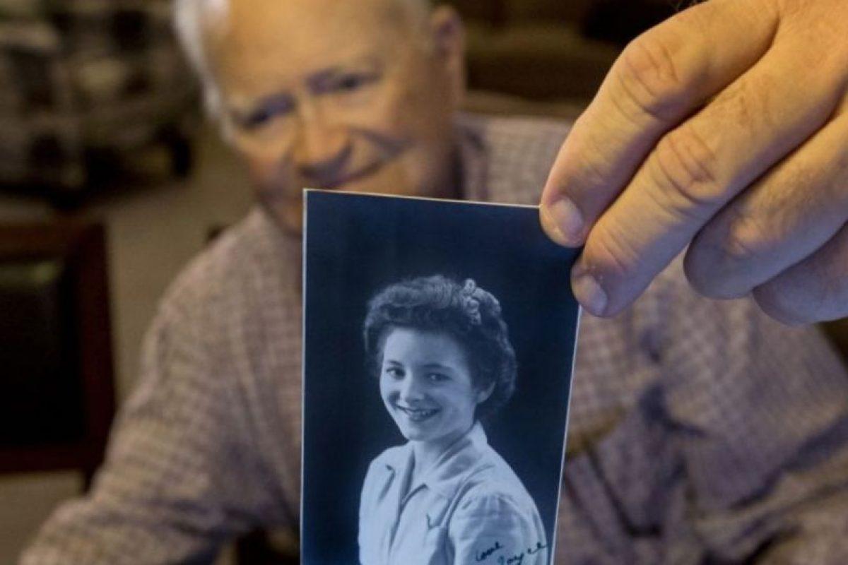 Norwood Thomas conoció en Inglaterra a Joyce Morris, durante la Segunda Guerra Mundial. Foto:AP. Imagen Por: