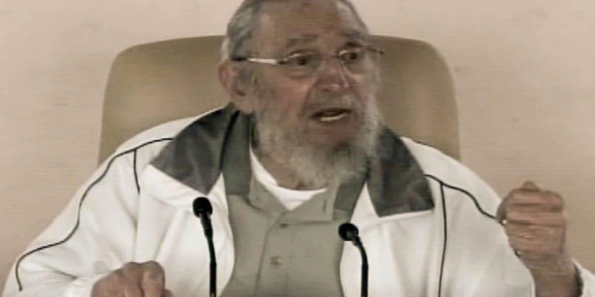 Fidel Castro reaparece en acto público después de nueve meses