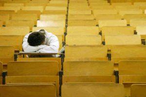 El insomnio es uno de los principales males padecidos por jóvenes. Foto:Getty Images. Imagen Por: