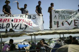 Por vulnerar el derecho de asilo de los refugiados. Foto:AFP. Imagen Por: