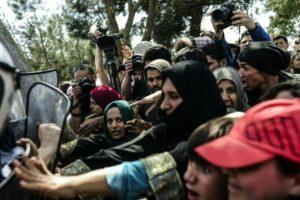"""Y endurecido más la situación de miles de personas que buscaban apoyo en el """"Viejo continente"""". Foto:AFP. Imagen Por:"""