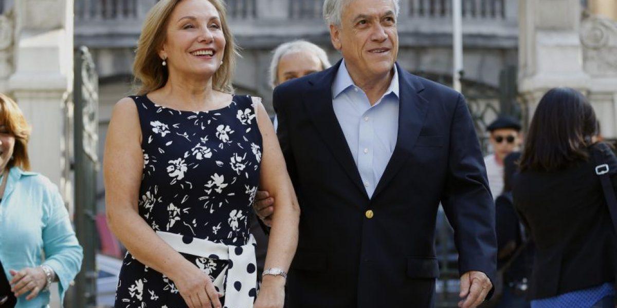 Piñera junto a Cecilia Morel encabezan lanzamiento de Vamos Mujer