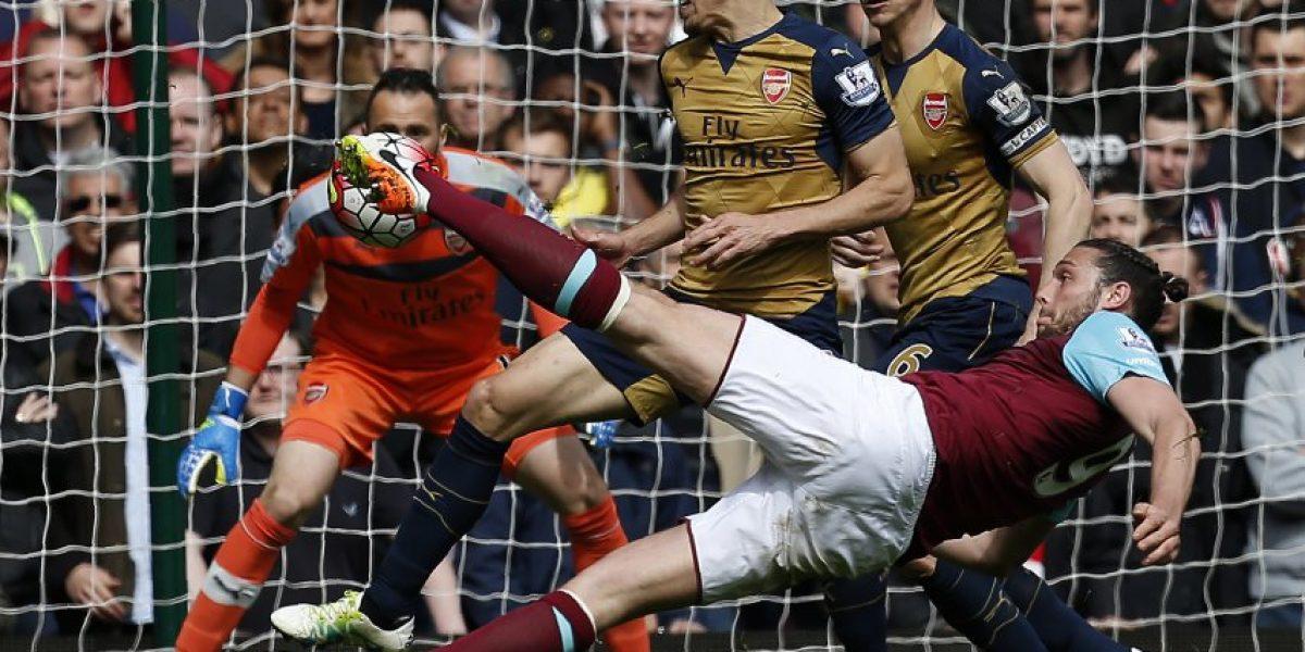 Alexis fue protagonista y marcó en vertiginoso empate entre Arsenal y West Ham