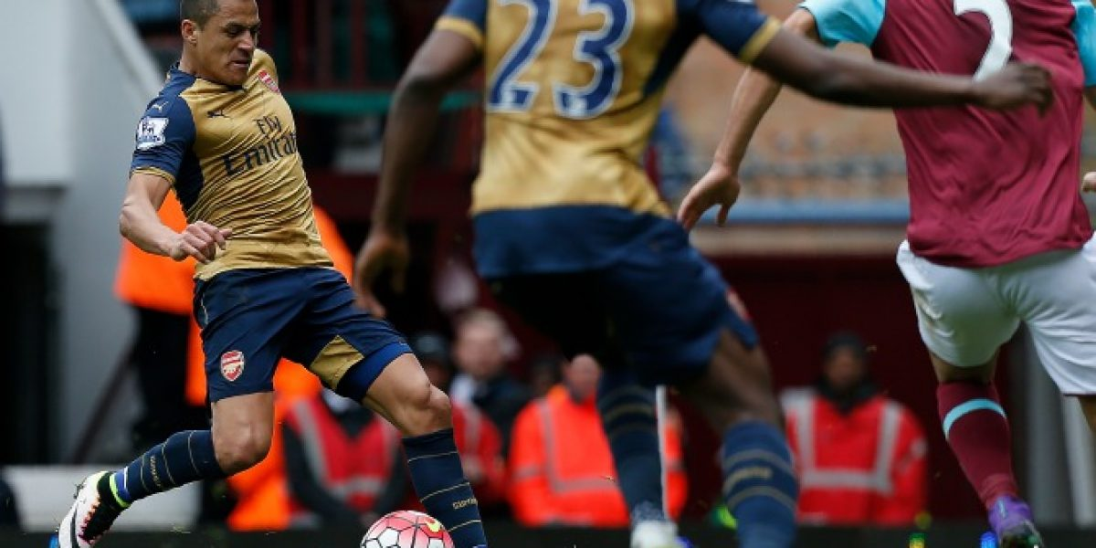 Alexis fue titular y marcó un gol en vertiginoso empate entre Arsenal y West Ham