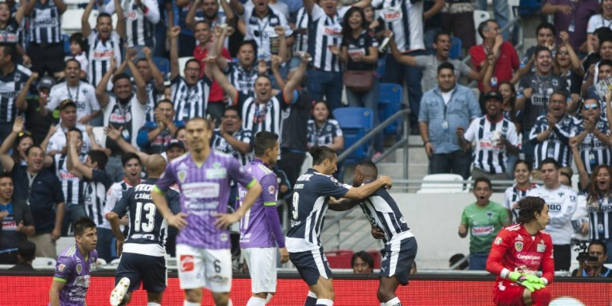 Gato Silva recibió humillante goleada en derrota de Jaguares frente a Monterrey