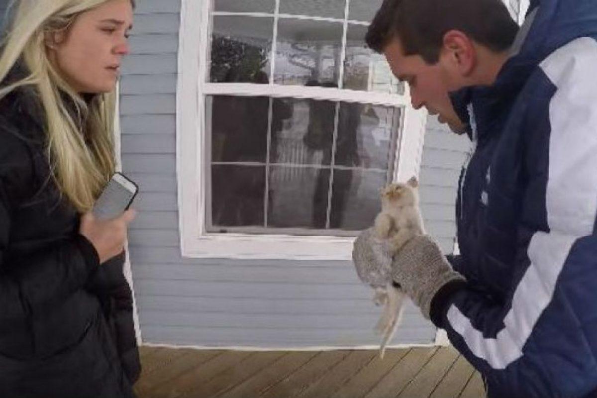 La familia hizo todo lo posible para rescatar al pequeño. Foto:Vía Youtube. Imagen Por: