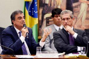 38 de los 65 diputados de la comisión especial votaron a favor de elevar el proceso de juicio político contra Rousseff. Foto:AFP. Imagen Por: