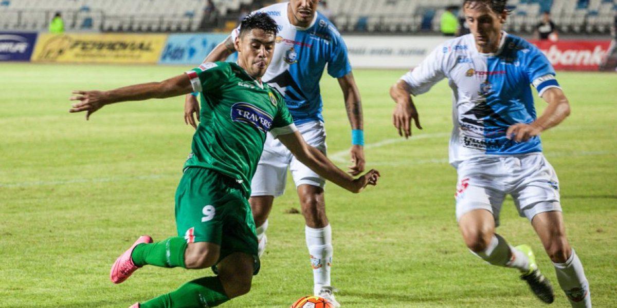 Se diluye la opción azul: Felipe Mora firmó una extensión de contrato hasta 2018 con Audax