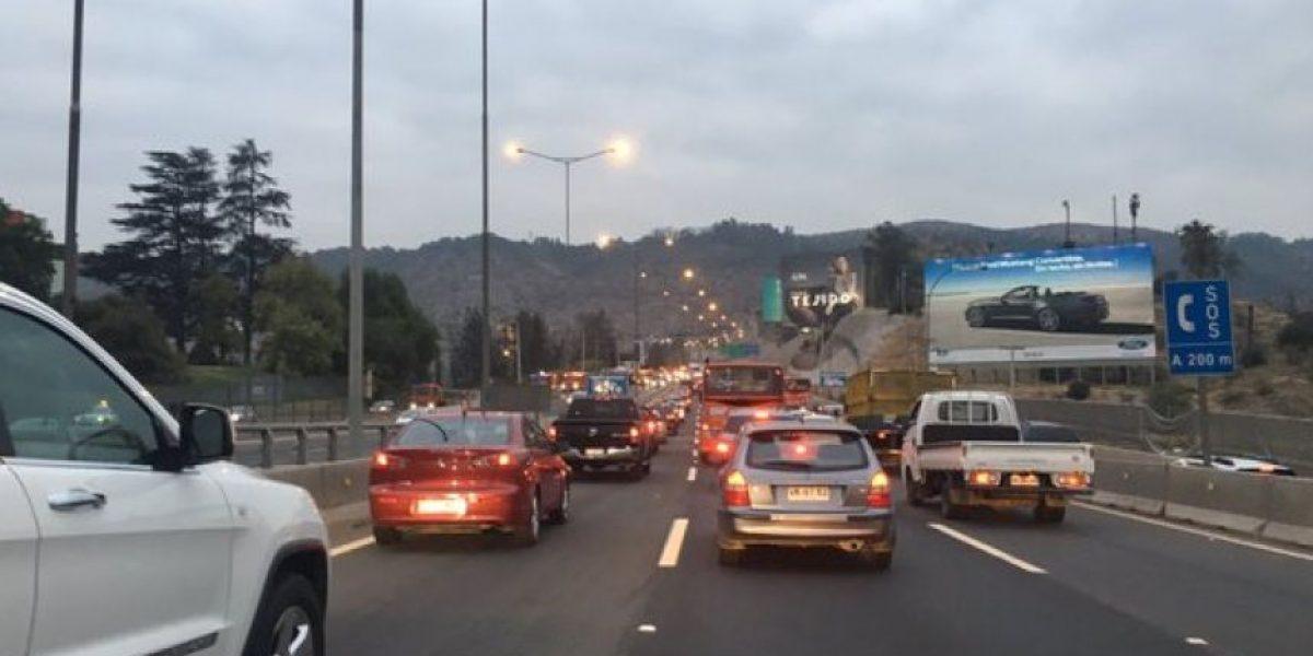 Accidente de tránsito provoca congestión en sector La Pirámide
