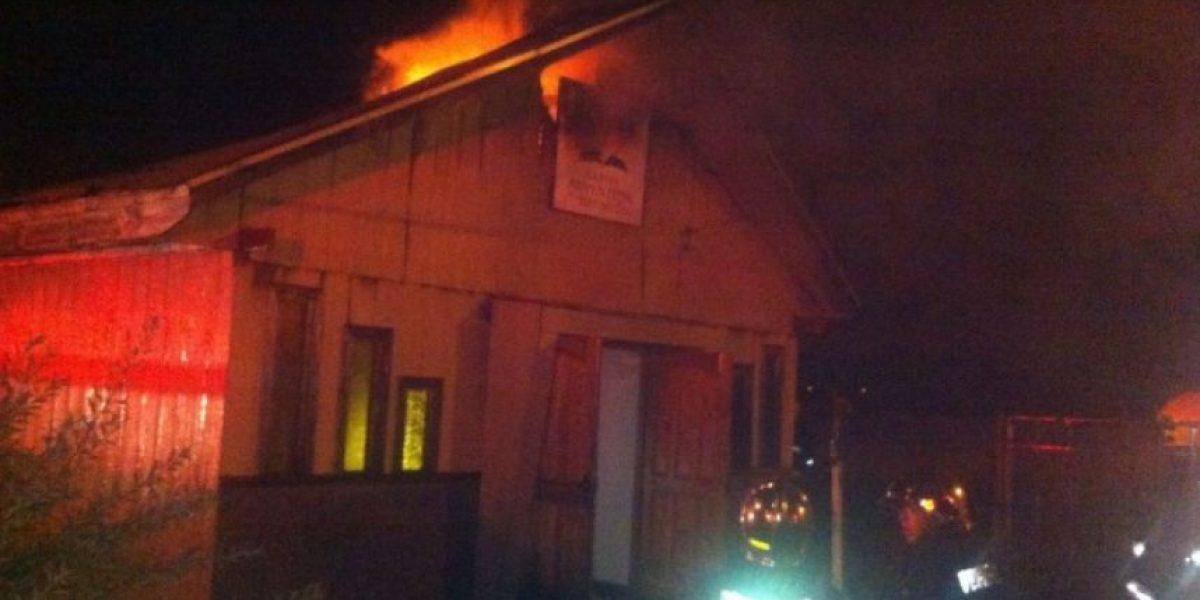 Incendio consume iglesia evangélica en La Araucanía