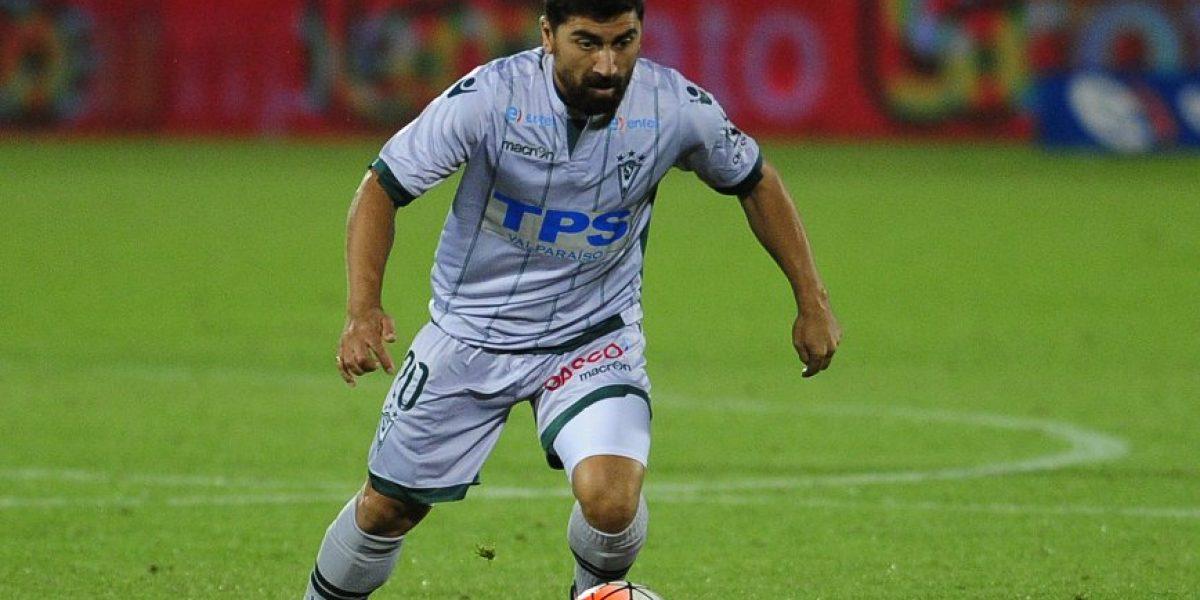 David Pizarro asoma como titular en un Wanderers que mantiene intacta la ilusión