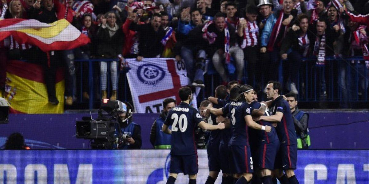 Los abrazos del Atlético frente al Barça y las mejores imágenes del primer tiempo