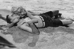 En la antigüedad, el beso se concebía como un camino hacia el alma. Foto:Getty Images. Imagen Por: