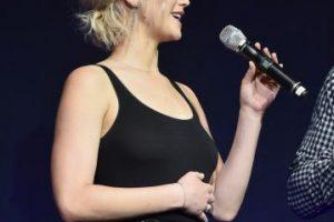 Outfit de Jennifer Lawrence falla y enseña de más Foto:Getty Images. Imagen Por: