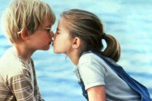 """""""My Girl"""": Thomas J. Sennett (Macauley Culkin) y Vada Sultenfuss (Anna Chlumsky). Foto:Tumblr. Imagen Por:"""