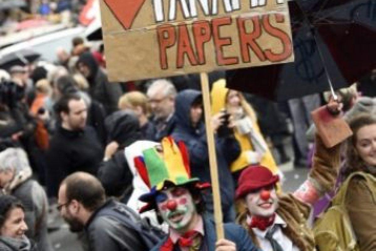 """Fue entonces que el periodista Bastian Obermayer contestó: """"Nos interesan mucho"""". Foto:AFP. Imagen Por:"""