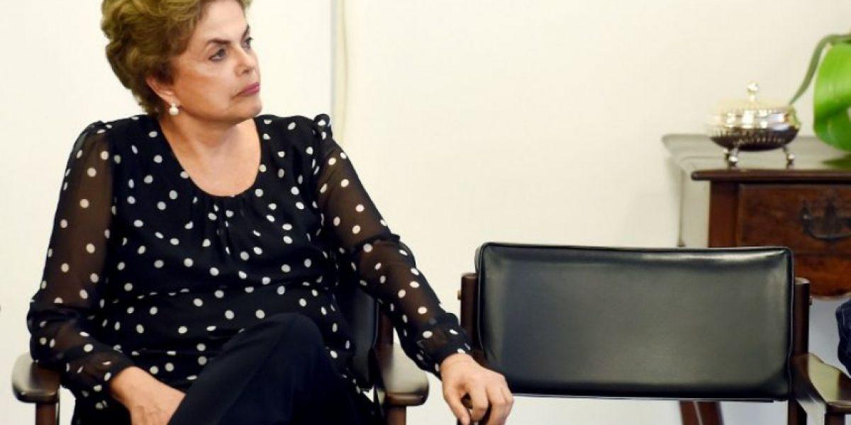 Gobierno brasileño recurre a la justicia para anular impeachment contra Rousseff
