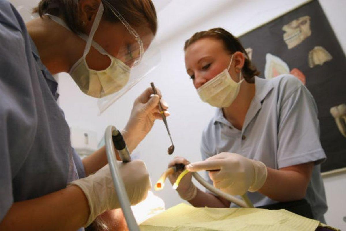 """Sin embargo, esta cantidad varía si la persona no tiene todas sus """"muelas del juicio"""" o sufre algún problema dental. Foto:Getty Images. Imagen Por:"""