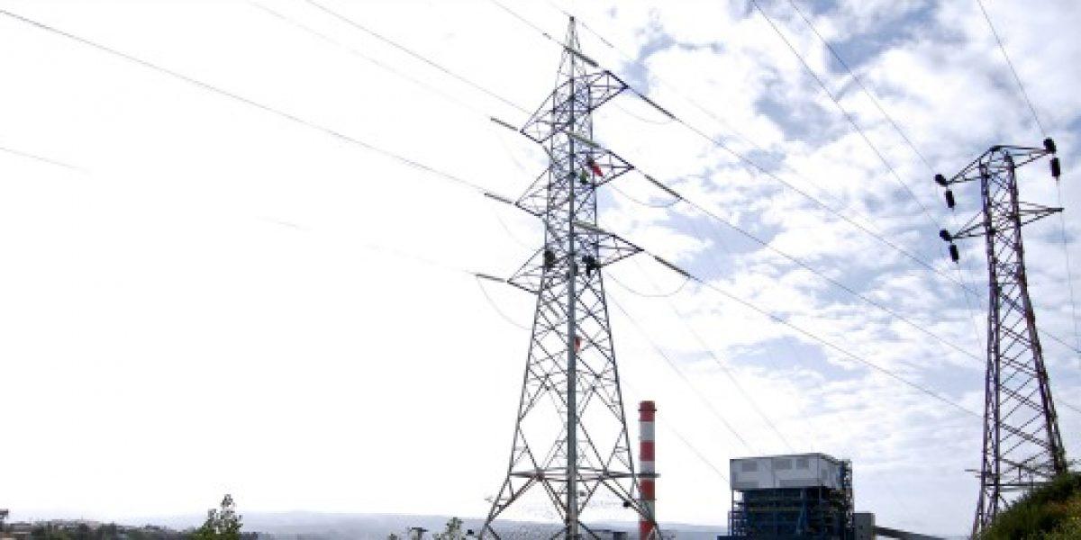Senado aprueba proyecto que establece nuevo sistema de transmisión eléctrica
