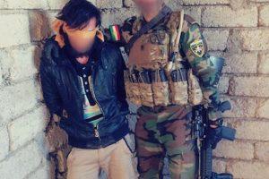 """Y con algunos de sus """"prisioneros de guerra"""" Foto:Instagram.com/peshmerganor. Imagen Por:"""