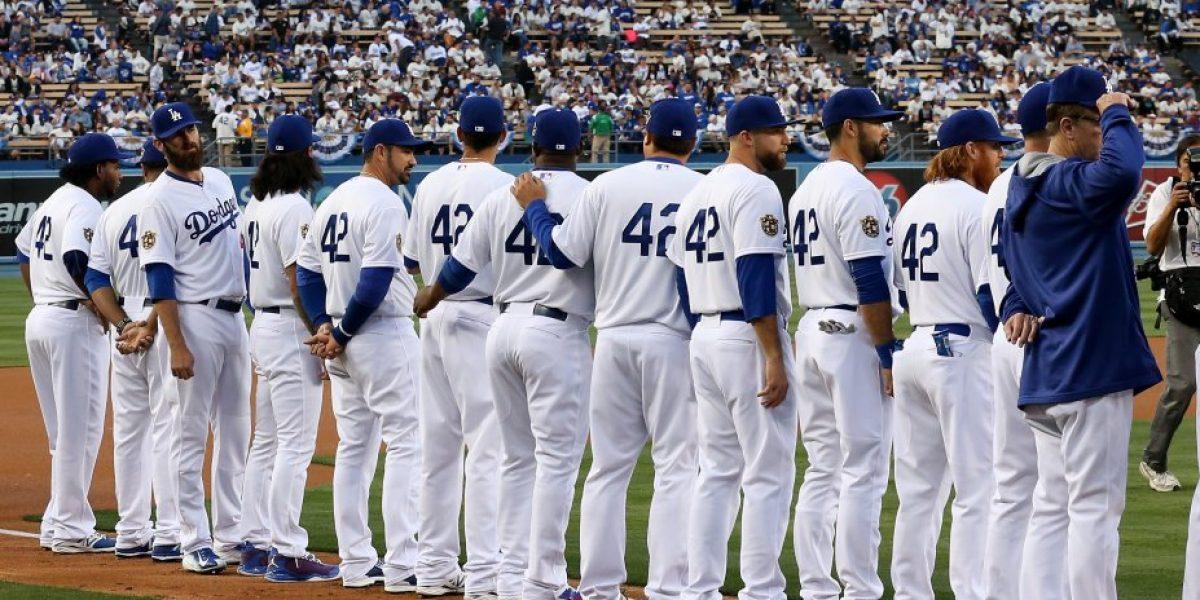 42: El número que hizo iguales a todos en las Grandes Ligas