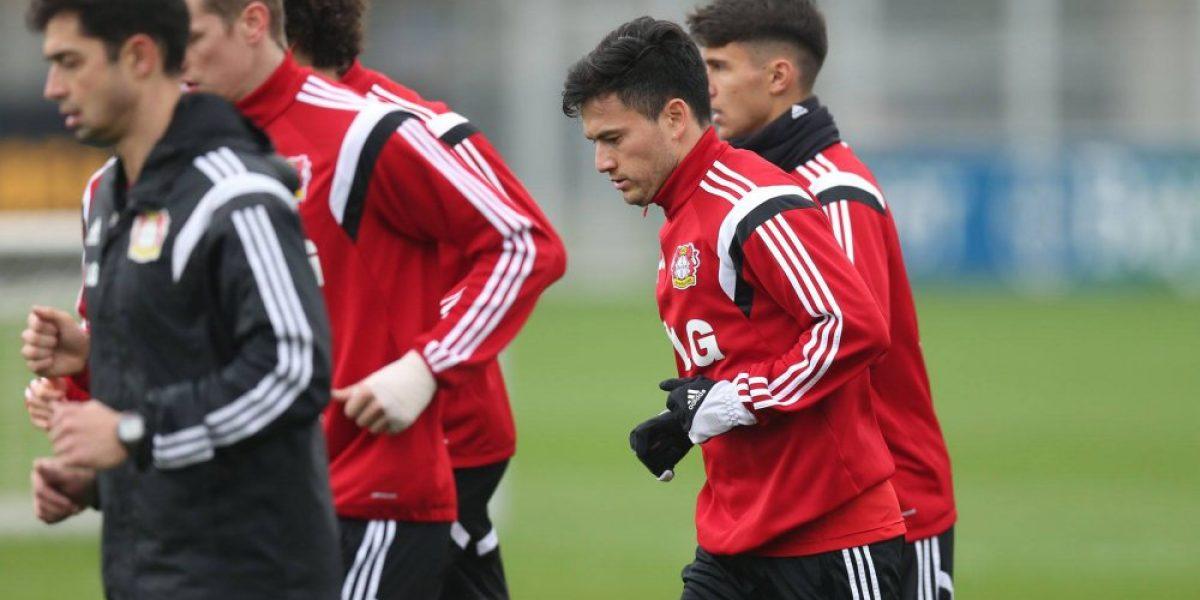 DT del Leverkusen anticipa que Aránguiz puede ser titular el fin de semana