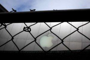 Exigían que desbloquearan el iPhone del asesino de San Bernardino. Foto:Getty Images. Imagen Por: